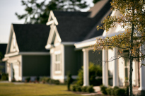 Should You Buy a Home in a Homeowners Association_Chispa Magazine
