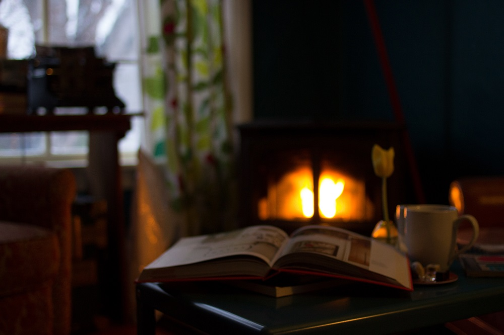 Five Budget-Friendly Ways To Keep Your House Warm This Winter-Chispa Magazine