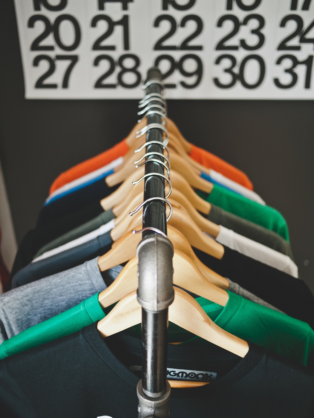 Savvy Tips To Expand Your Fashion Startup-Chispa Magazine